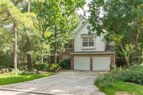 Photo of 118 W Greywing Circle, The Woodlands, TX 77382 (MLS # 33902109)