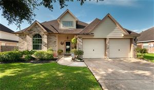 Photo of 4006 Parry Drive, Pearland, TX 77584 (MLS # 72757109)