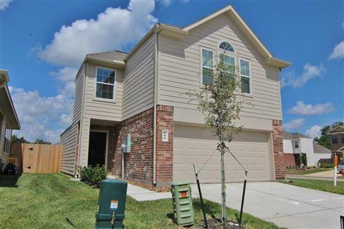 Photo of 688 Fallow Lane, Alvin, TX 77511 (MLS # 85979110)