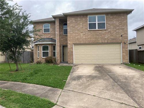 Photo of 12814 Clermont Harbor Court, Houston, TX 77045 (MLS # 33800111)