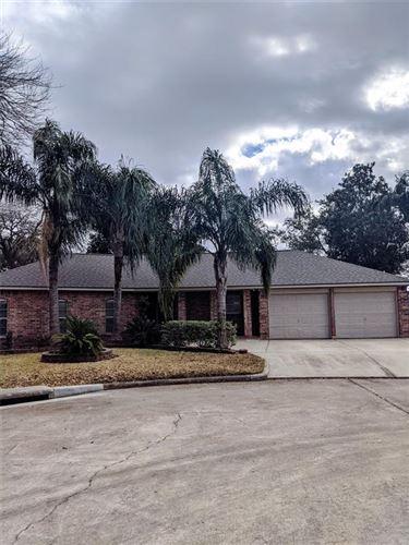 Photo of 5441 Thornwood Circle, Dickinson, TX 77539 (MLS # 44645112)