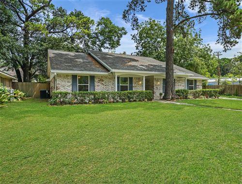 Photo of 942 Thornton Road, Houston, TX 77018 (MLS # 26487113)