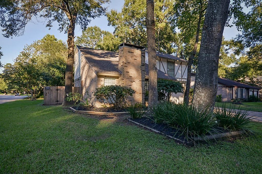 Photo for 2903 Valley Rose Drive, Kingwood, TX 77339 (MLS # 71361114)