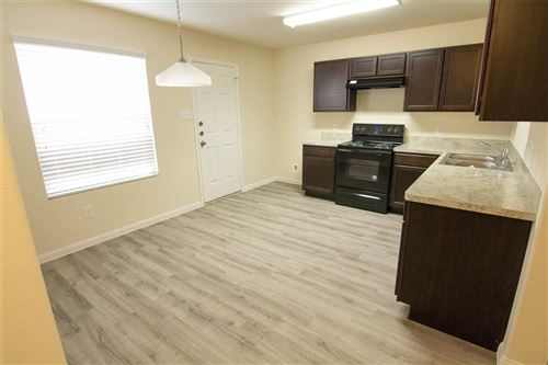 Tiny photo for 321 North Meadows Drive, Willis, TX 77378 (MLS # 91052115)