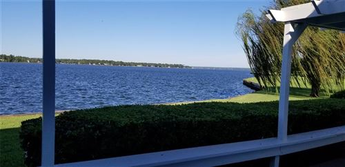 Photo of 110 April Point Drive, Conroe, TX 77356 (MLS # 59152119)
