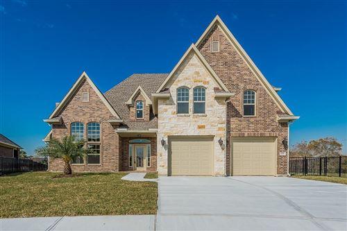Photo of 303 Twin Timbers Lane, Kemah, TX 77565 (MLS # 30676123)