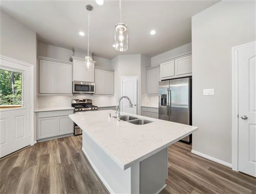 Photo of 332 N Spotted Fern Drive, Montgomery, TX 77316 (MLS # 65818123)