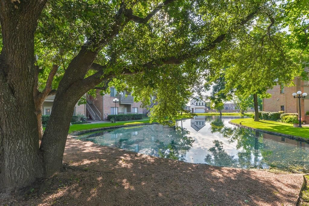 Photo for 2023 Gentryside Drive #507, Houston, TX 77077 (MLS # 85752123)
