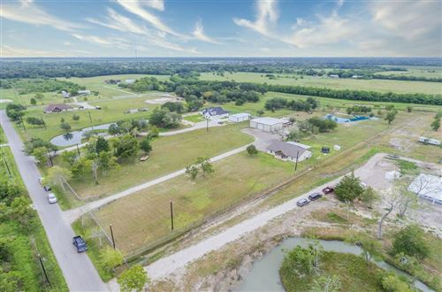 Photo of 1755 Rymal Road, Alvin, TX 77511 (MLS # 40975125)
