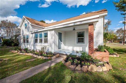 Photo of 201 N Prairie Street, Dayton, TX 77535 (MLS # 4257126)