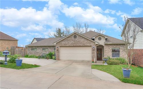 Photo of 135 Harbour Town Drive, Montgomery, TX 77356 (MLS # 24371131)