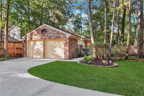 Photo of 19 Abbey Brook Place, The Woodlands, TX 77381 (MLS # 11372133)