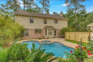 Photo of 2 Twin Feather Place, The Woodlands, TX 77381 (MLS # 40339135)