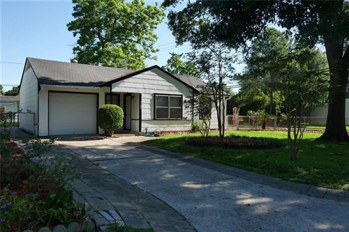 Photo of 7102 Raton Street, Houston, TX 77055 (MLS # 74675136)