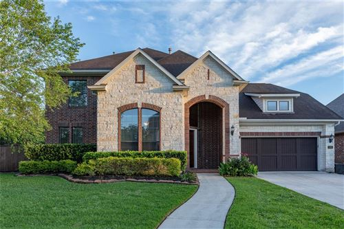 Photo of 101 Silverstone Lane, The Woodlands, TX 77384 (MLS # 39540140)