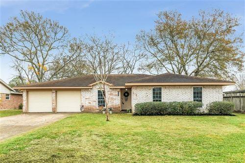 Photo of 215 Highland Terrace, League City, TX 77573 (MLS # 46495140)