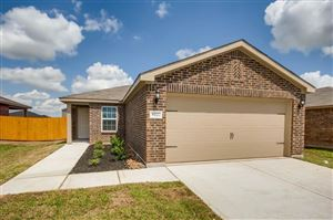 Photo of 2310 Starboard Sail Drive, Texas City, TX 77568 (MLS # 61278143)