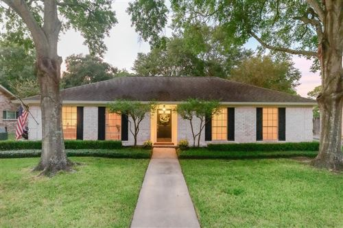 Photo of 12410 Wedgehill Lane, Houston, TX 77077 (MLS # 26729144)