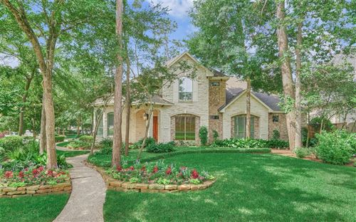 Photo of 3 Valcourt Place, The Woodlands, TX 77382 (MLS # 83502145)
