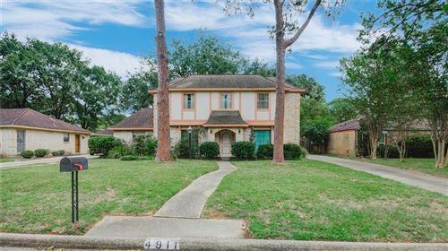 Photo of 4911 Spanish Oak Drive, Houston, TX 77066 (MLS # 84165145)