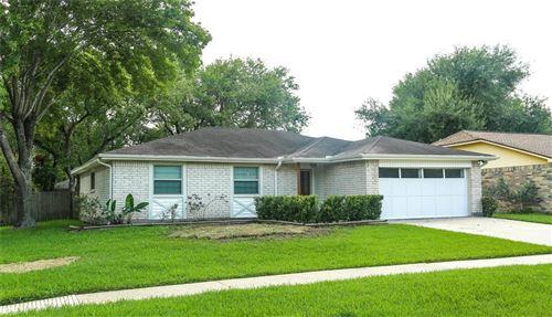 Photo of 6215 Vinewood Lane, League City, TX 77573 (MLS # 36657146)