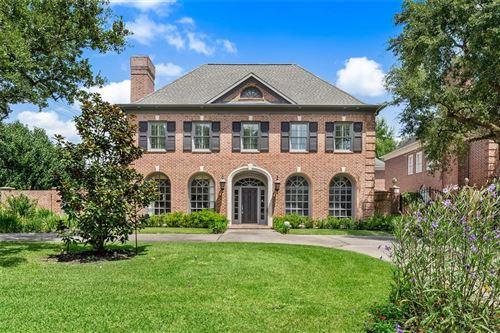 Photo of 5096 Fieldwood Drive, Houston, TX 77056 (MLS # 5274146)