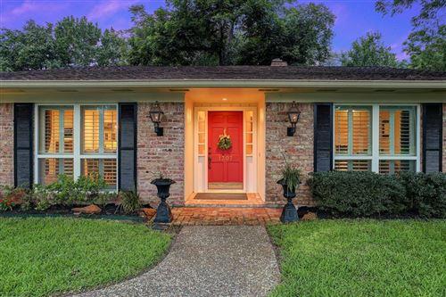 Photo of 1307 Briar Bayou Drive, Houston, TX 77077 (MLS # 8370148)