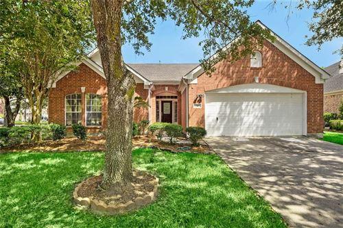 Photo of 13603 Shadow Falls Court, Houston, TX 77059 (MLS # 84538150)