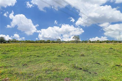 Photo of 2620 County Road 163, Alvin, TX 77511 (MLS # 48284151)