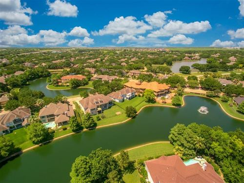 Photo of 44 Lake Mist Drive, Sugar Land, TX 77479 (MLS # 62739155)