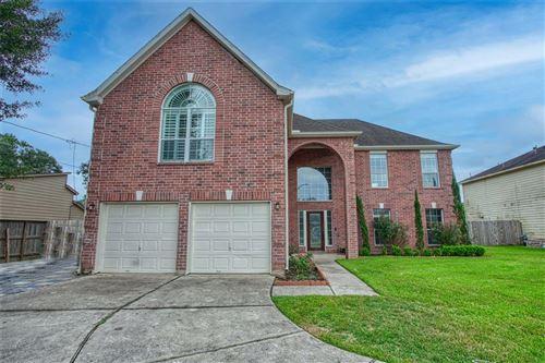 Photo of 1630 Trail Oaks Court, Houston, TX 77339 (MLS # 86678155)