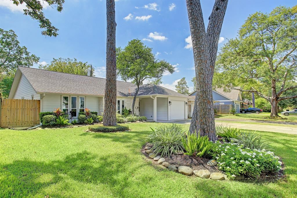 Photo for 1423 Martin Street, Houston, TX 77018 (MLS # 36979155)