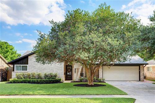 Photo of 2214 Haverhill Drive, Houston, TX 77008 (MLS # 28908156)