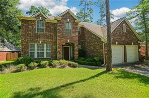 Photo of 127 S Brooksedge Circle, The Woodlands, TX 77382 (MLS # 32370157)