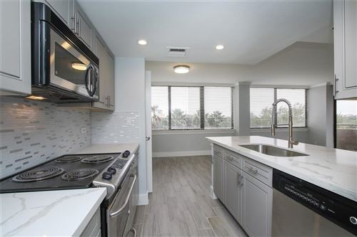 Photo of 3525 Sage Road #516, Houston, TX 77056 (MLS # 60797157)