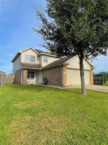 Photo of 11035 Crosby Field Lane, Houston, TX 77034 (MLS # 93752163)