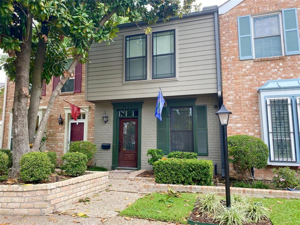 Photo for 7435 Brompton Street, Houston, TX 77025 (MLS # 55632168)