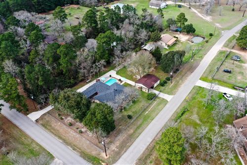 Tiny photo for 15276 Capitol Hill Road, Montgomery, TX 77316 (MLS # 92176169)