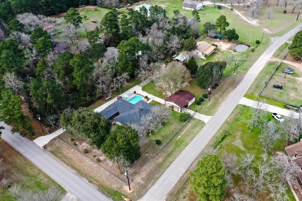 Photo for 15276 Capitol Hill Road, Montgomery, TX 77316 (MLS # 92176169)