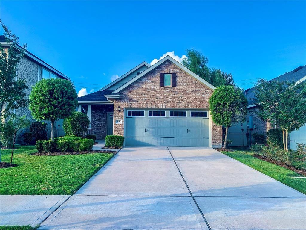 Photo for 1616 Summer City Drive, Houston, TX 77047 (MLS # 22201170)