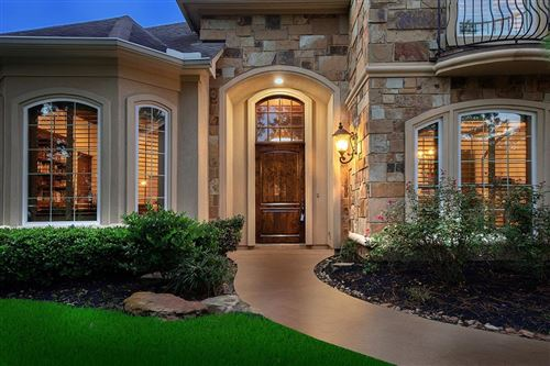Photo of 35 SEASONS TRACE, The Woodlands, TX 77382 (MLS # 81189171)