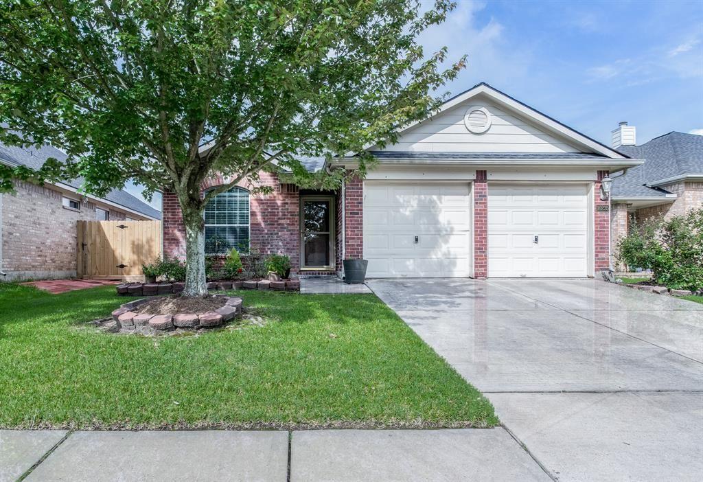 Photo for 10235 Kennewick Drive, Houston, TX 77064 (MLS # 80644171)