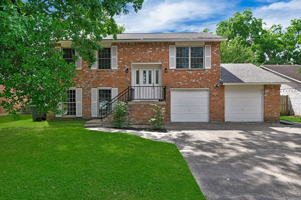 3030 Sycamore Springs Drive, Houston, TX 77339 - #: 48453173