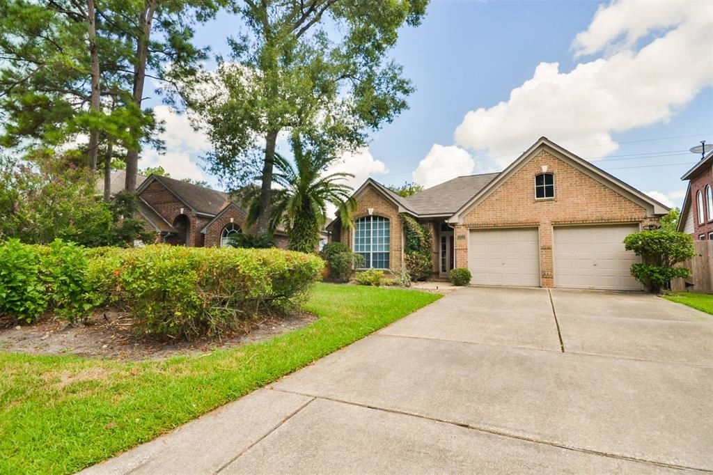 Photo for 3227 Appalachian Trail, Houston, TX 77345 (MLS # 5659173)