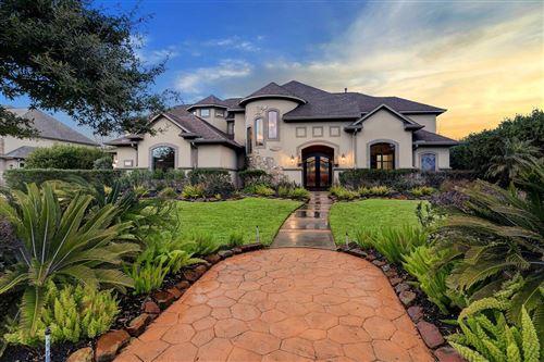 Photo of 6310 S Royal Point Drive, Kingwood, TX 77345 (MLS # 36024176)