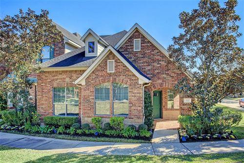 Photo of 222 Laurel Gate Terrace, Houston, TX 77094 (MLS # 9605177)