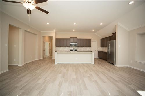 Photo of 4550 Shallow Ember Drive, Spring, TX 77386 (MLS # 32878183)