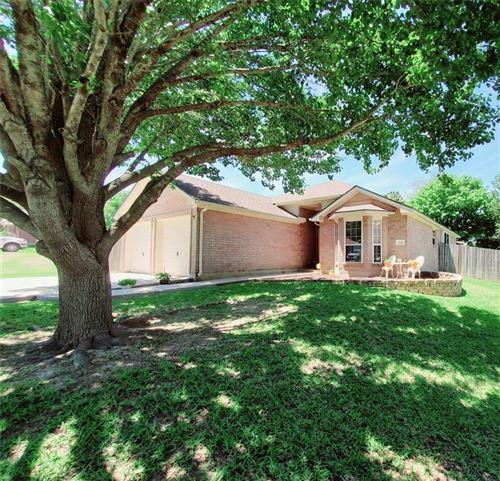Photo of 519 Paradise Lane, Montgomery, TX 77356 (MLS # 84534183)