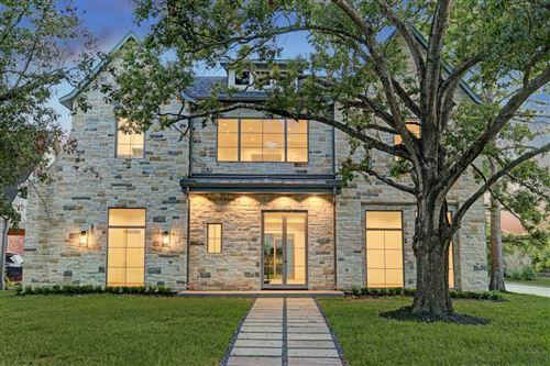 Photo of 6273 Piping Rock Lane, Houston, TX 77057 (MLS # 30684185)