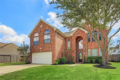Photo of 9002 Sunny Brook Lane, Pearland, TX 77584 (MLS # 66144186)